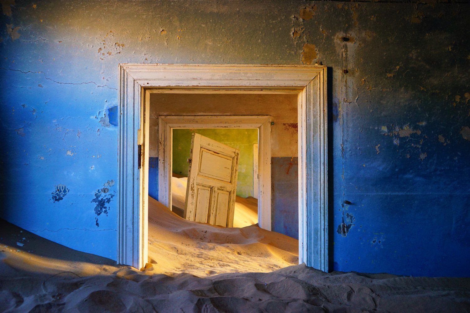 Brief History And Facts About The Kolmanskop Ghost Town Of Namibia