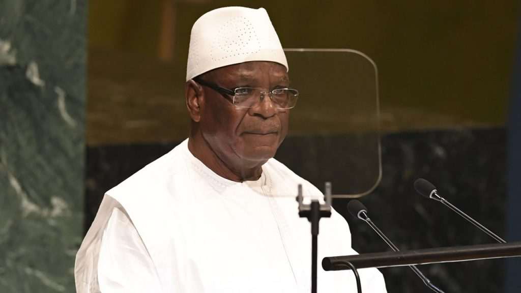Ousted Malian president returns to country
