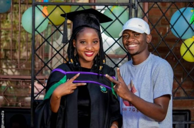 Photos: Man celebrates his young mother who had him at the age of 16 on her graduation